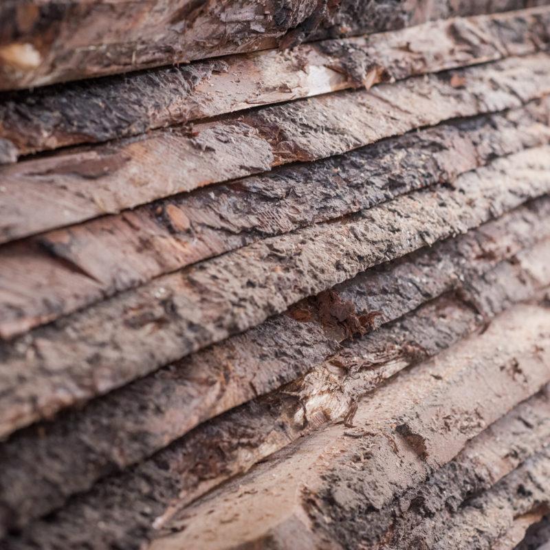 Holzlager aus heimischen Hölzern -